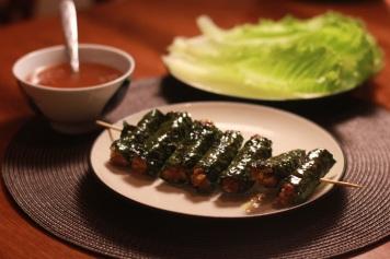 La lot beef grilled. Source: http://thelemursarehungry.files.wordpress.com/2011/08/la-lot-beef-2.jpg