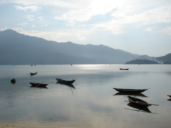 Tam Giang Lagoon. Source: http://upload.wikimedia.org/wikipedia/commons/4/40/Tam_Giang_lagoon.jpg