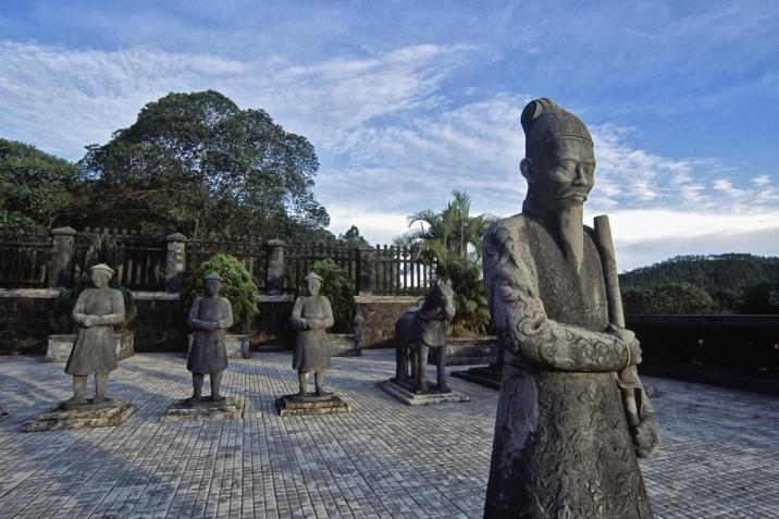 Khai Dinh tomb | Hue. Source: http://ww1.prweb.com/prfiles/2011/10/12/8865351/Imperial%20City%20of%20Hue%20Vietnam.jpg