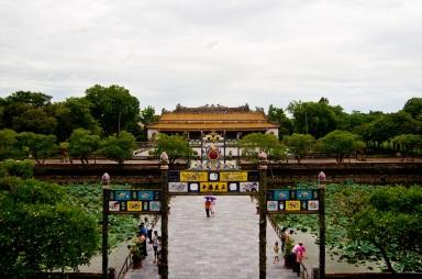 Imperial citadel | Hue. Source: http://i.images.cdn.fotopedia.com/flickr-6036773843-hd/World_Heritage_Sites/